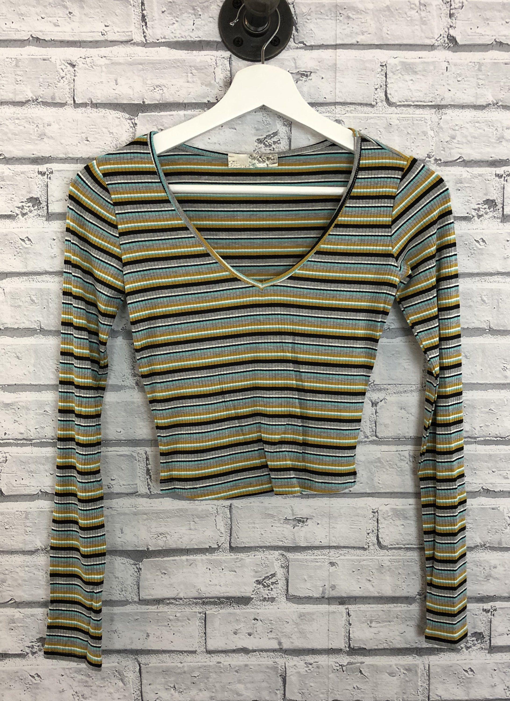 60652ea76dbd8 ... Euphoria fashion shop. lila ribbed crop top