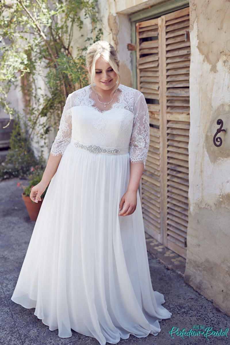 Superbe Wedding Dresses With Sleeves Elegance   Plus Size Bridal Gowns