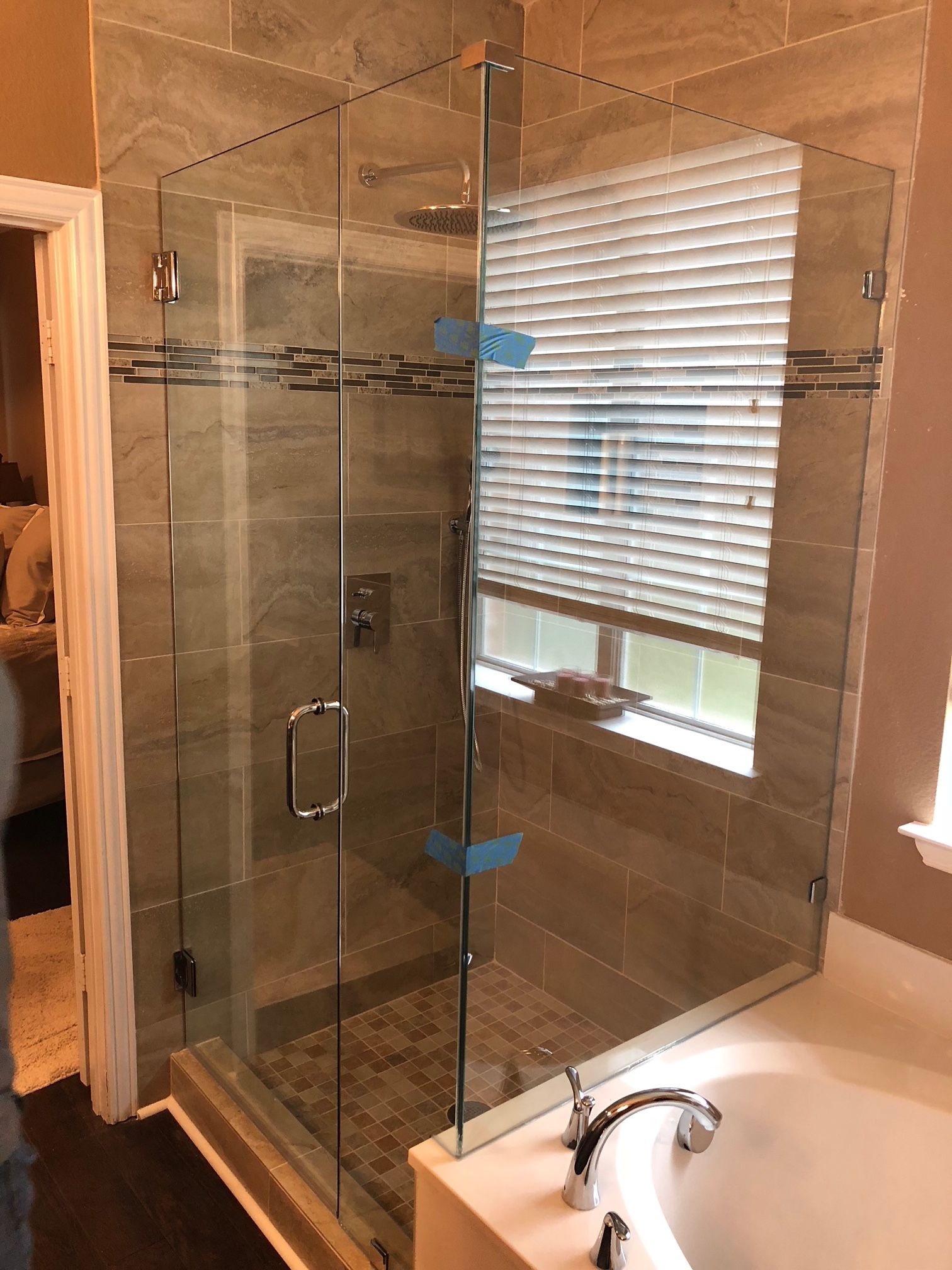Dallas Bath & Glass | Welcome to Dallas Bath & Glass