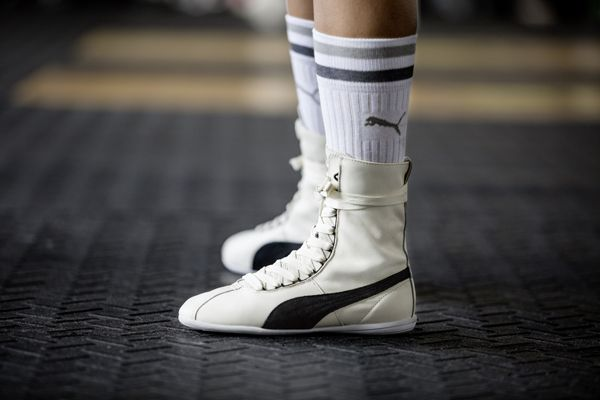Lifestyle sneaker for the ladies inspired by the PUMA Gong