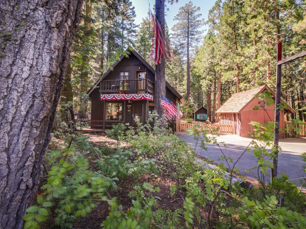cabins pine orig tahoe and with our cabin the loft on for sugar tahoma point in rental private shore rent of town s picturesque a bedrooms located lake index west door home offers