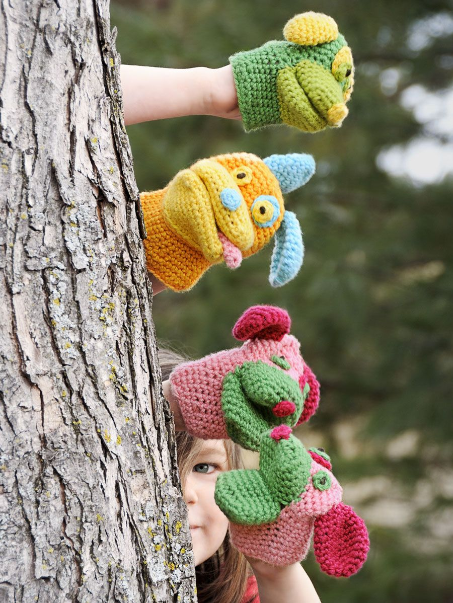 Spud & Chloë — Patterns » Pack o\' Puppies Mitts | Crochet - Puppets ...