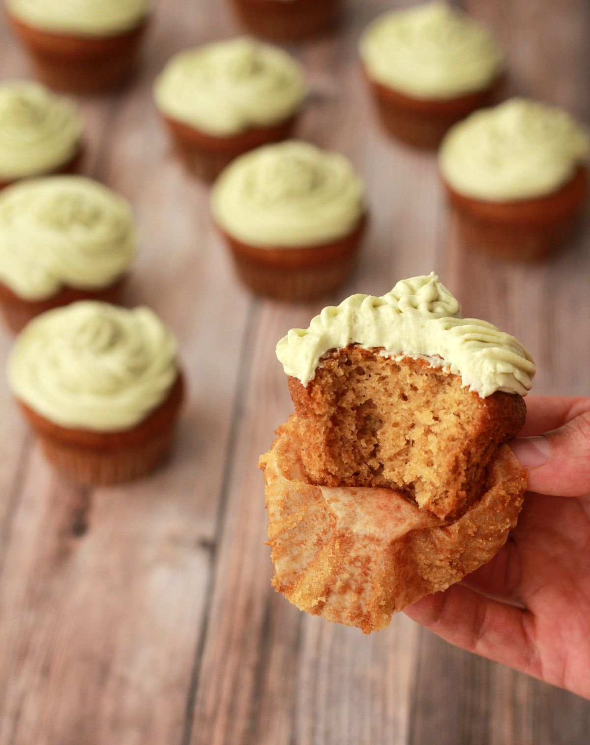 Gluten Free Vegan Vanilla Cupcakes With Matcha Green Tea Frosting Vegan Lovingitvegan Glutenfree Da Vegan Vanilla Cupcakes Gluten Free Vanilla Vegan Sweets