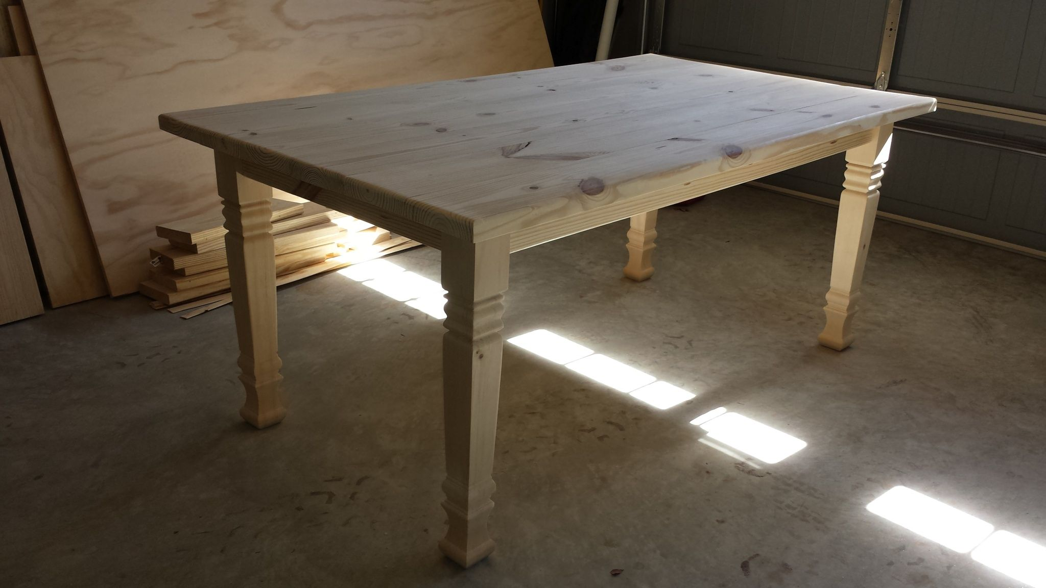Gentil The Perfect Farmhouse Table With Osborne Square Farm Table Legs Unfinished  Farmhouse Style Dining Table