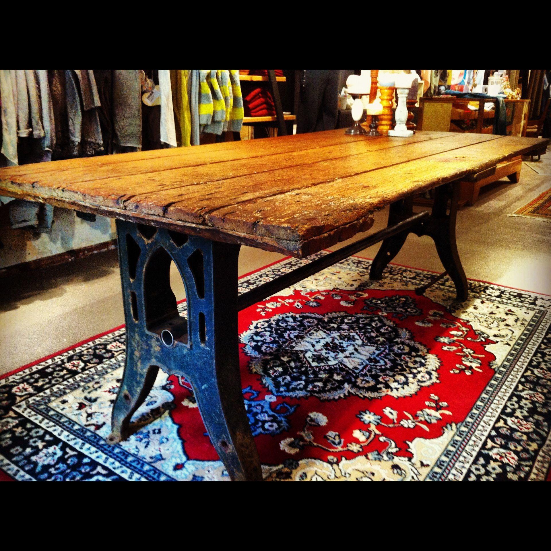 industrial table cast iron old sheddoor tante eef design