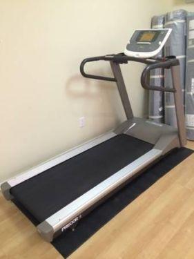 Precor 9 27 Treadmill 1295 00 A E S Fitness Is The Premier Fitness