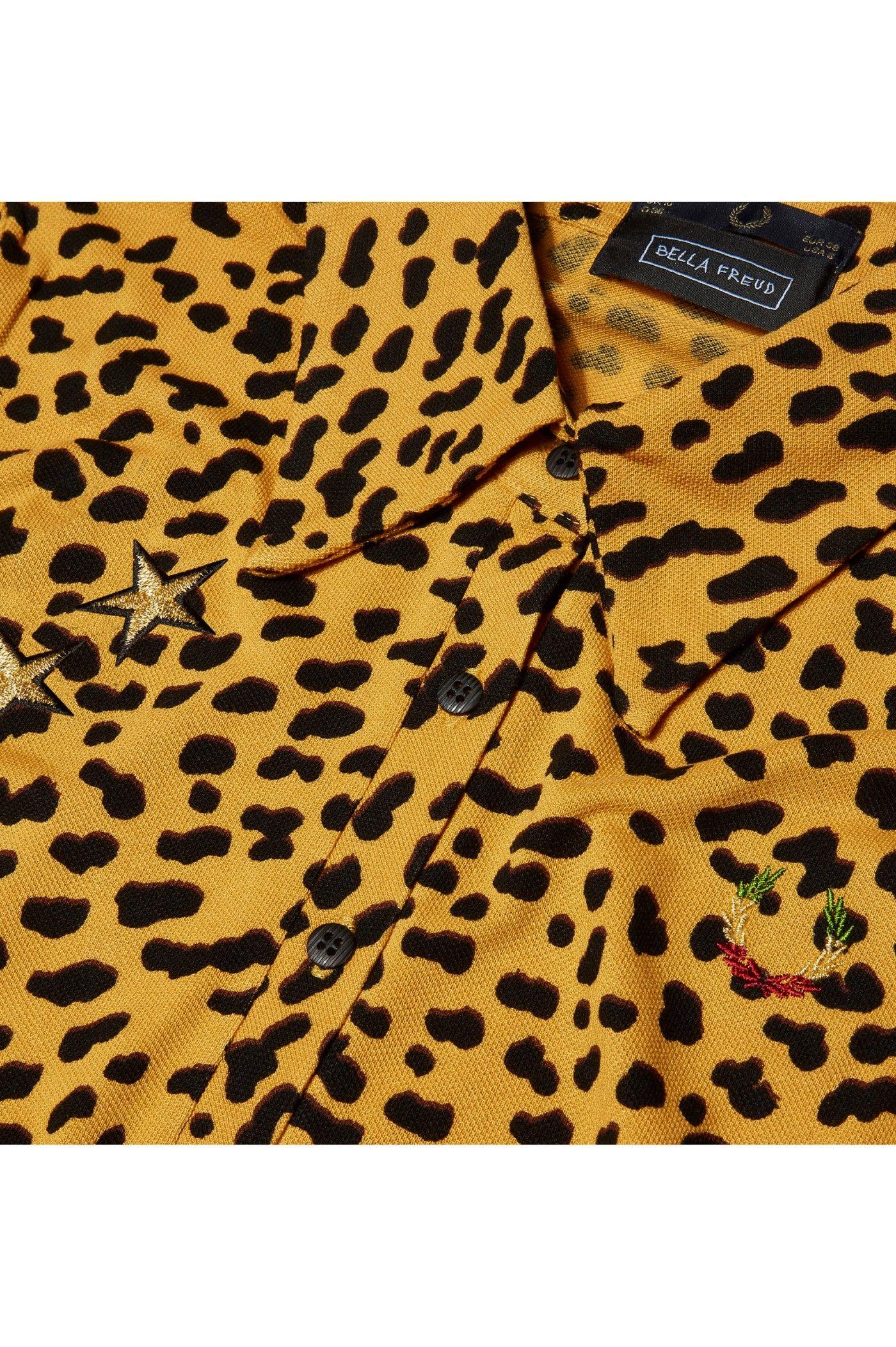 Fred Perry - Bella Freud Leopard Print Piqué Shirt Mustard Yellow. Camisas  De Estampado ...