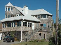 Best White Standing Seam On Cedar Siding Galvalume Roof 400 x 300