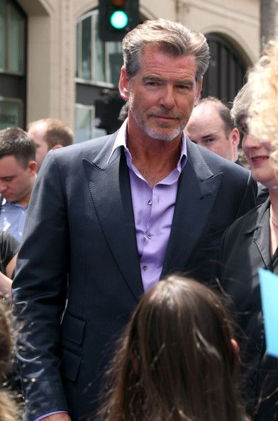 "Pierce Brosnan Photos Photos - Actor Pierce Brosnan arrives at the Premiere Of Disneynature's ""Oceans"" on April 17, 2010 in Hollywood, California. - Premiere Of Disneynature's ""Oceans"" - Arrivals"
