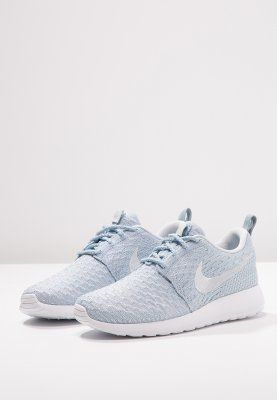 Nike roshe flyknit in armory blue white | Sapatilhas nike