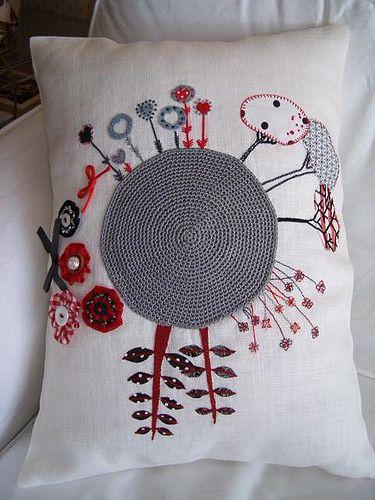 Wp 021 tejidos pinterest almohadas bordadas bordado y apliques - Almohada mimos ...