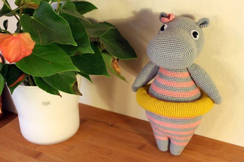 Amigurumi Vivi Free Patterns : Vivi den vinterbadende flodhest vivi the hippo hæklet flodhest