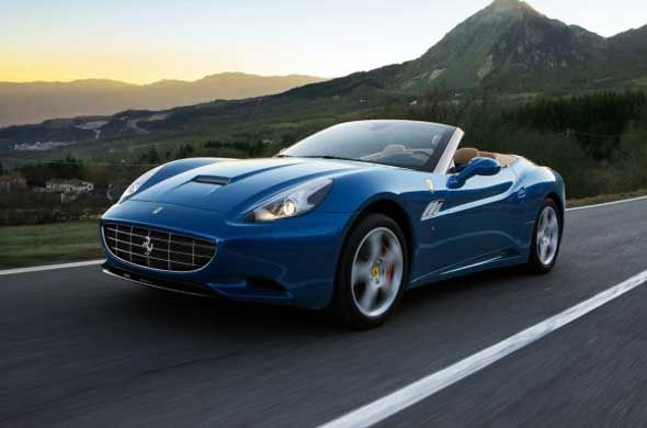You may know it already that the 2015 Ferrari California T is one of the pioneers of the lineup. There are many things that the car offers to buyers. The