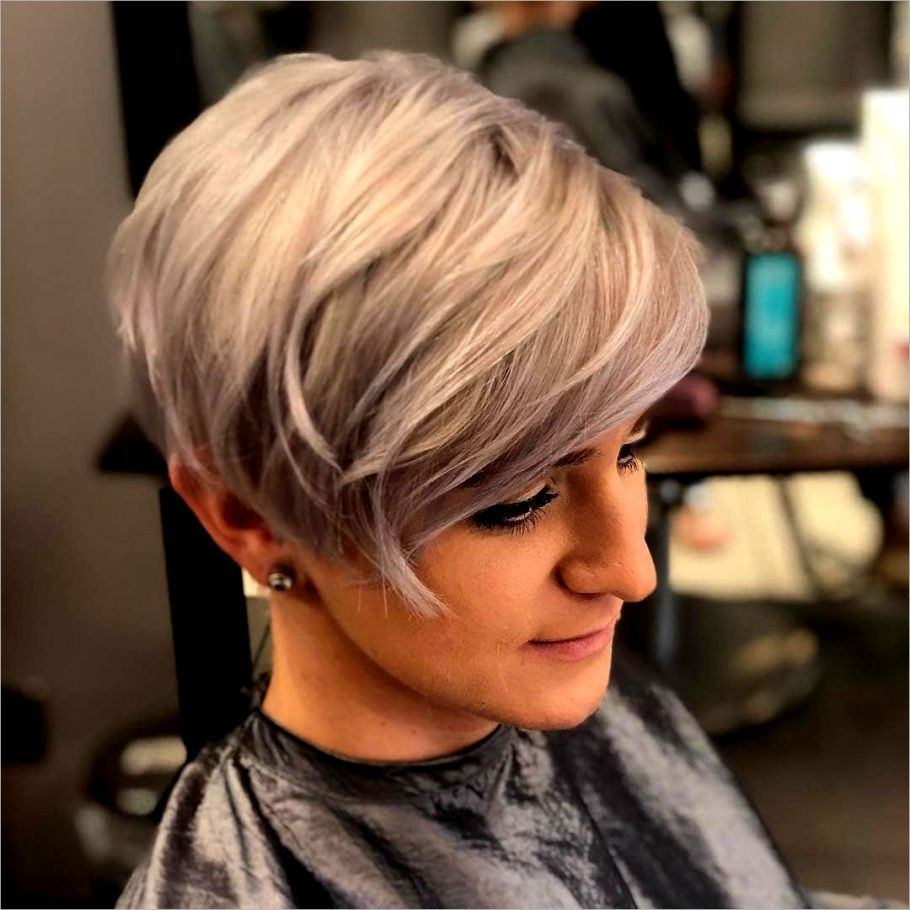 Modische Kurzhaarschnitte Modische Kurzhaarfrisuren Frisuren Kurz Short Hair Cuts Short