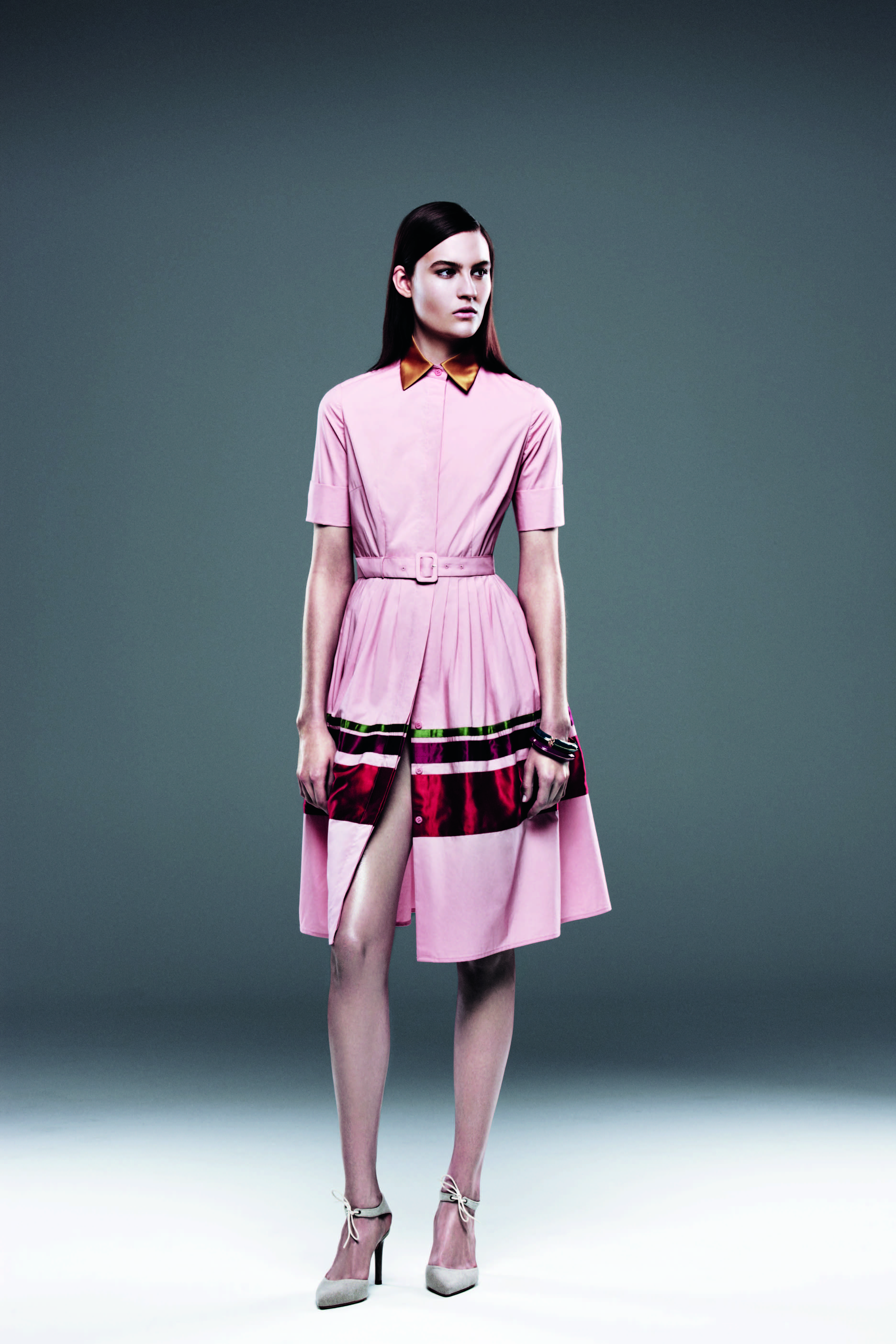 mix of cotton with the brilliance of the satin stripes