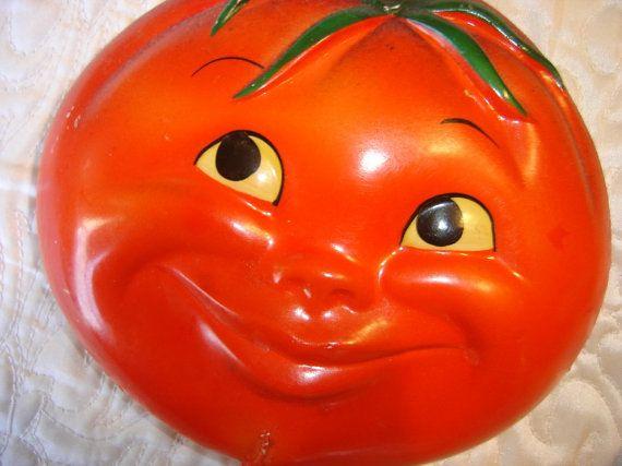 smiley tomato