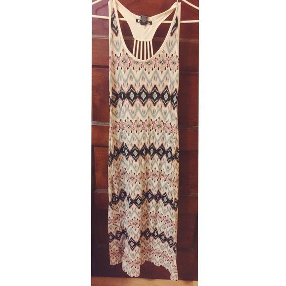 White Maxi Dress with Pink and Grey Tribal Pattern Perfect for the summer time. Worn but in excellent condition Dresses Maxi