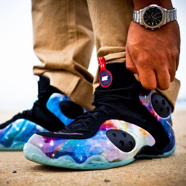 The Nike Zoom Rookie is the second Penny Hardway hybrid model. This special  release is