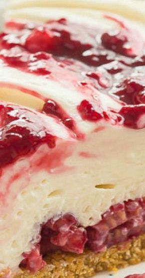 No Bake White Chocolate Raspberry Cheesecake #whitechocolateraspberrycheesecake