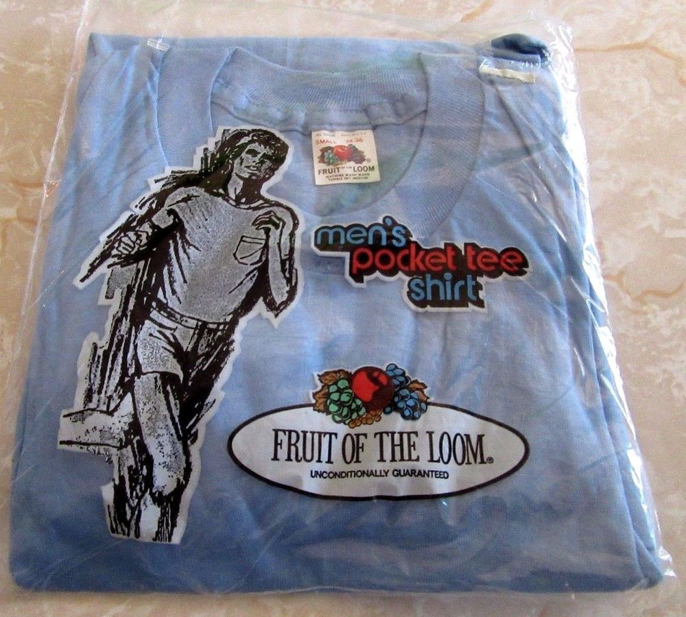 Vintage Fruit of the Loom Mens Pocket Tee Shirt T Small