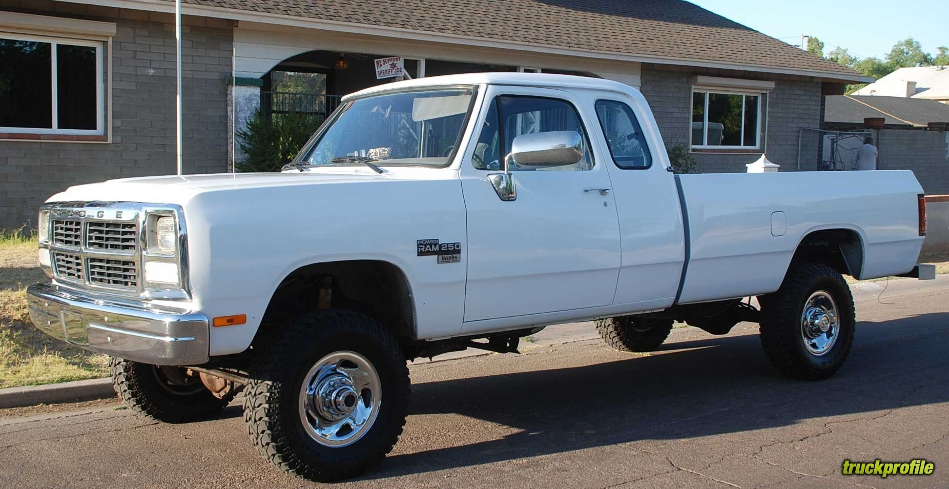 White Lifted Older Dodge Ram Truck Dodge Trucks Ram Dodge Ram Dodge Ram 2500