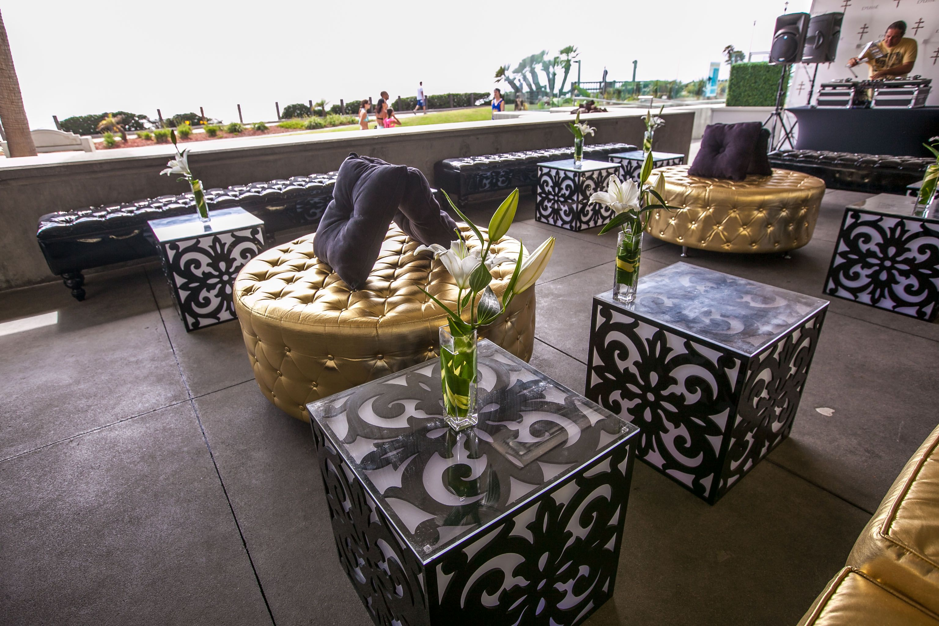 Gold tufted furniture, black vintage glow cube table