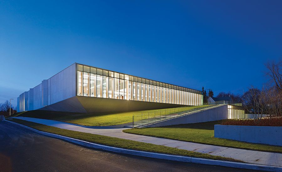 A Slablike Building In Ontario Offers Multilevel Spaces That