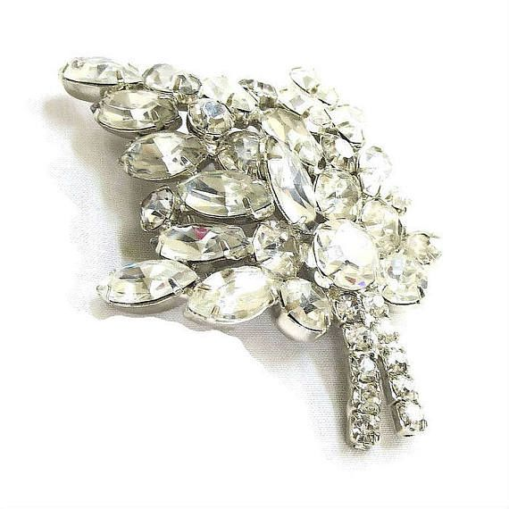 This is a really beautiful Juliana Crystal Rhinestone Leaf Brooch Domed #Vintage Verified D&E!   This piece is a rare clear rhinestone brooch from D&E – which is what adorne... #vintage #jewelry #fashion