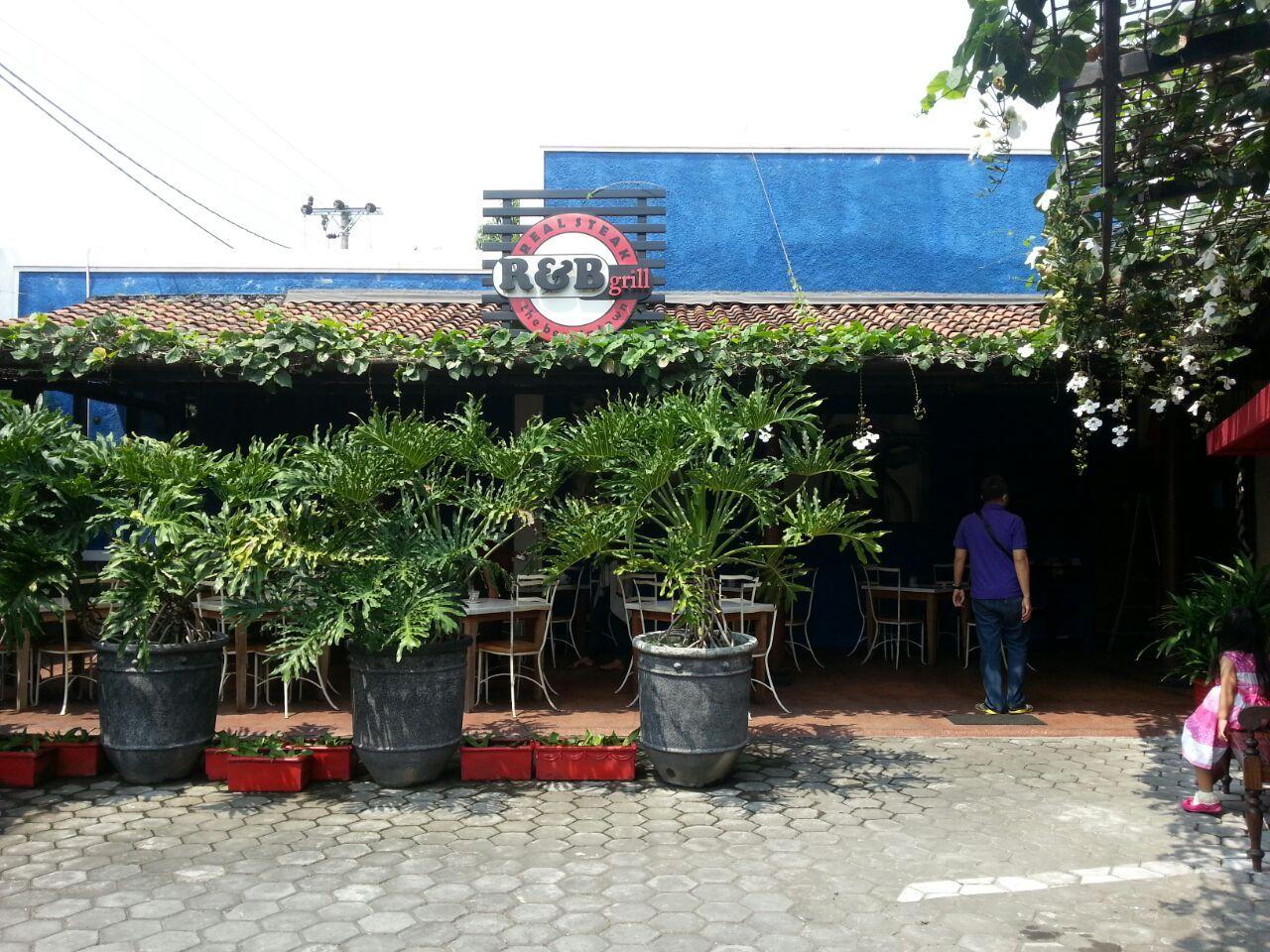 R & B Grill Yogyakarta Daftar Menu Yogyakarta, Tips
