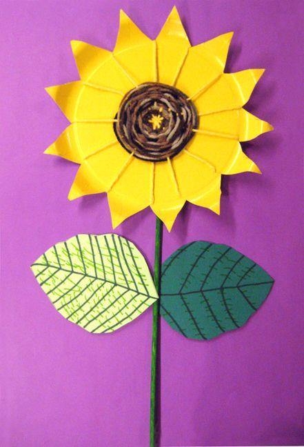 Sunni paper plate sunflower weaving craft & 30+ Stunning Sunflower Crafts | Pinterest | Sunflowers Family fun ...