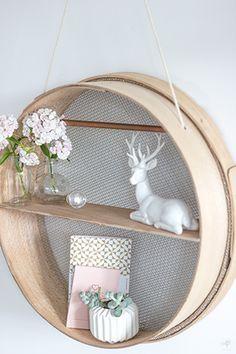 diy un tamis transform en tag re suspendue bricolage d co diy d co deco et deco recup. Black Bedroom Furniture Sets. Home Design Ideas