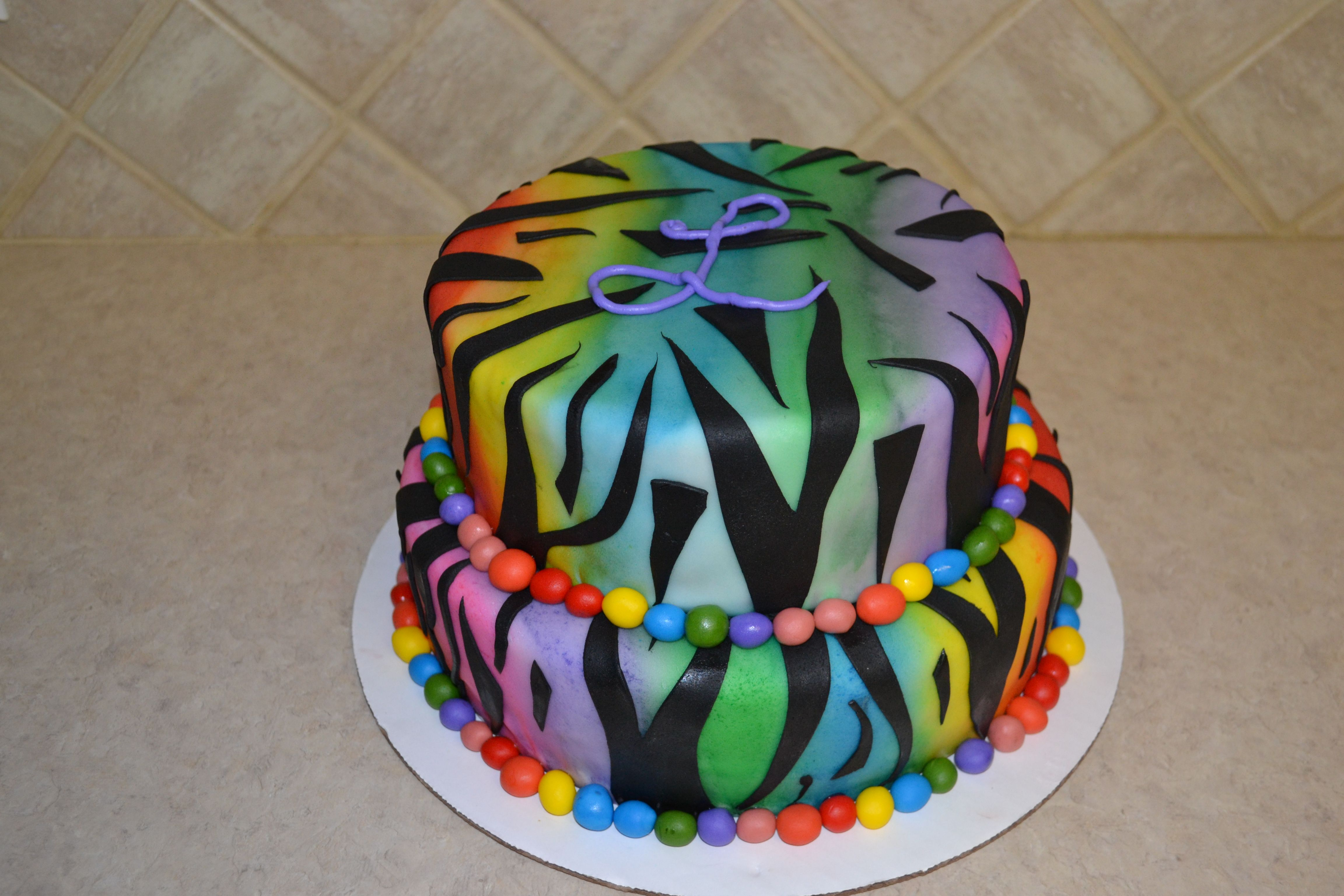 I made this cake for a 10yr old little girl, it was so fun to make!