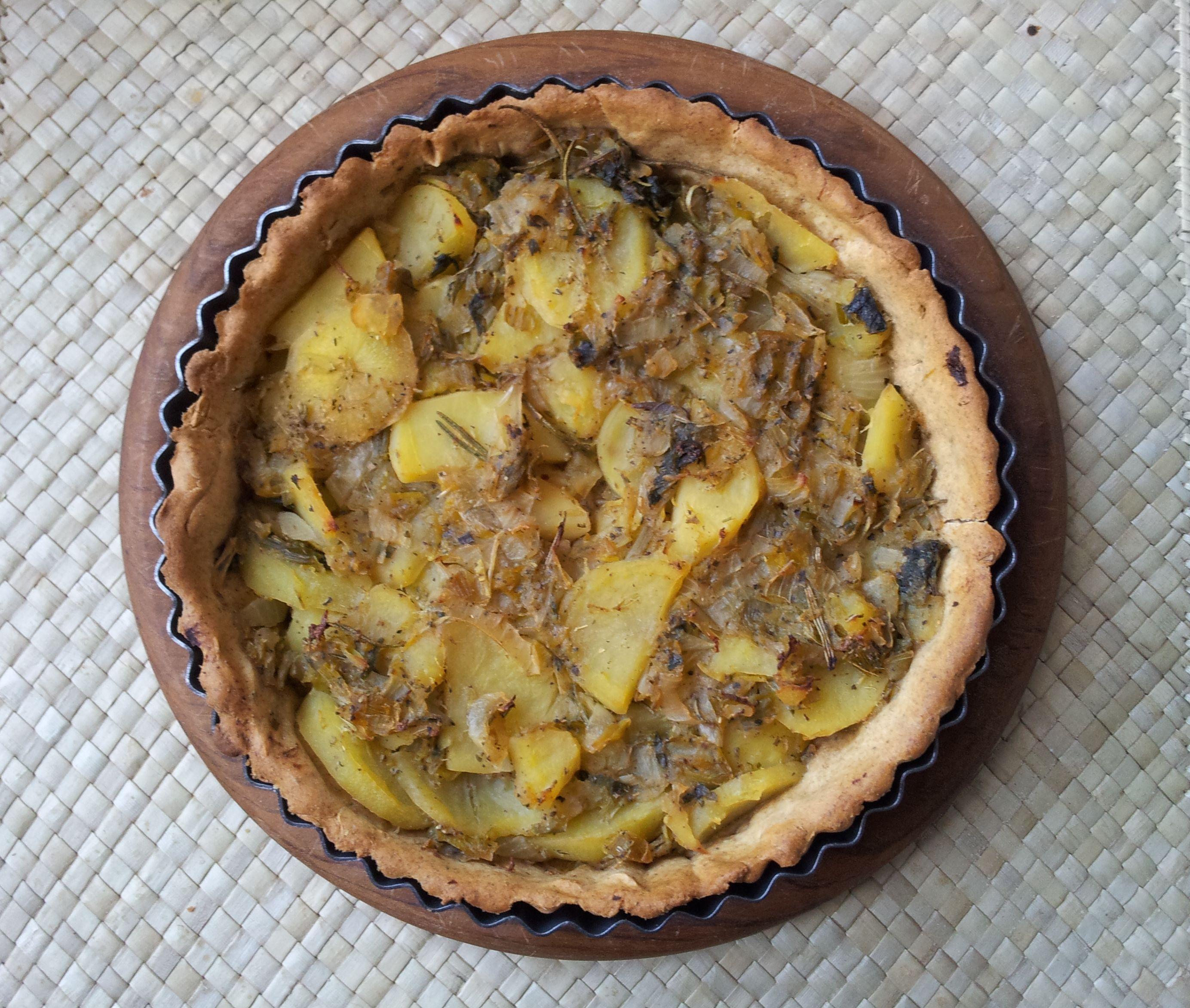 Potatoes, leek and cabbage tart. #tart #leek #potatoes #cabbage #vegan #vegetables