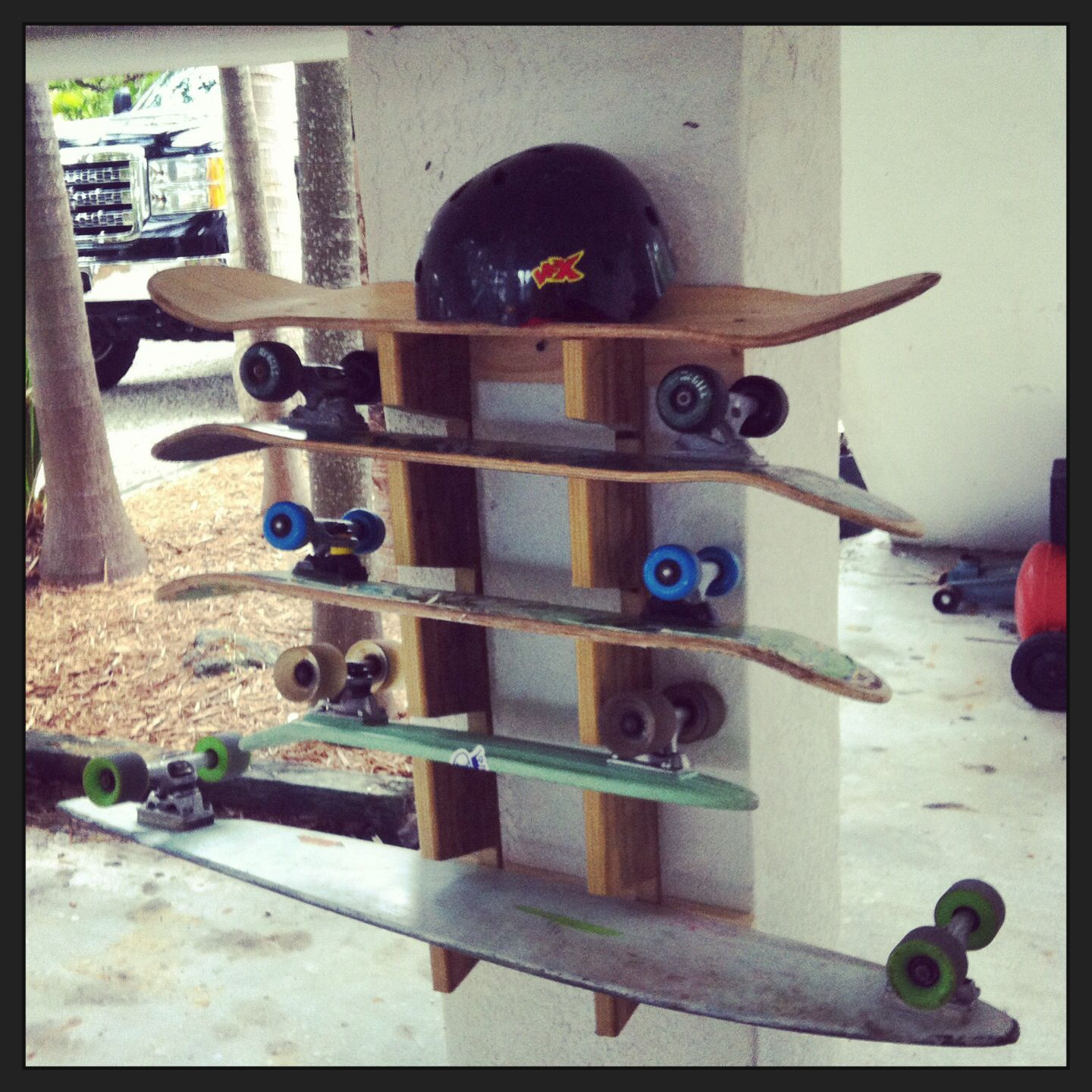 cool skateboard wall shelves ideas | DIY Skateboard Rack. | Homemade | Skateboard rack ...