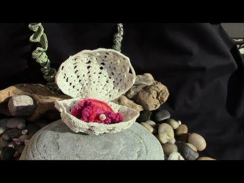 ▷ Sea Shell in Irish Crochet Lace - YouTube could give a pearl ...
