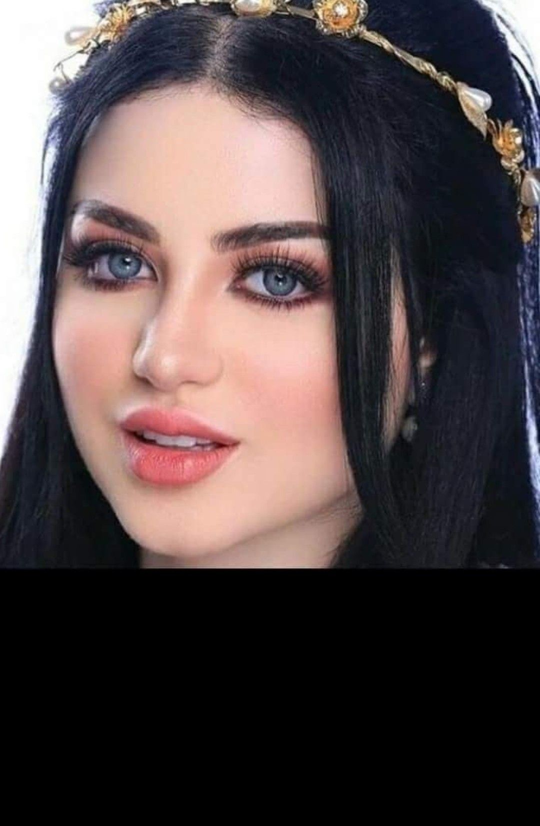 Pin by tarekelsawaflawyer10 on Fantastic Face  Arab beauty