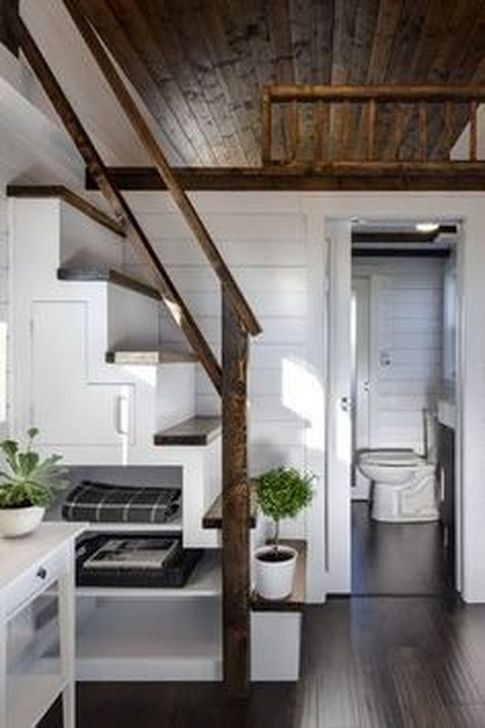 48 Cool Tiny House Bathroom Remodel Design Ideas #tinyhousestorage