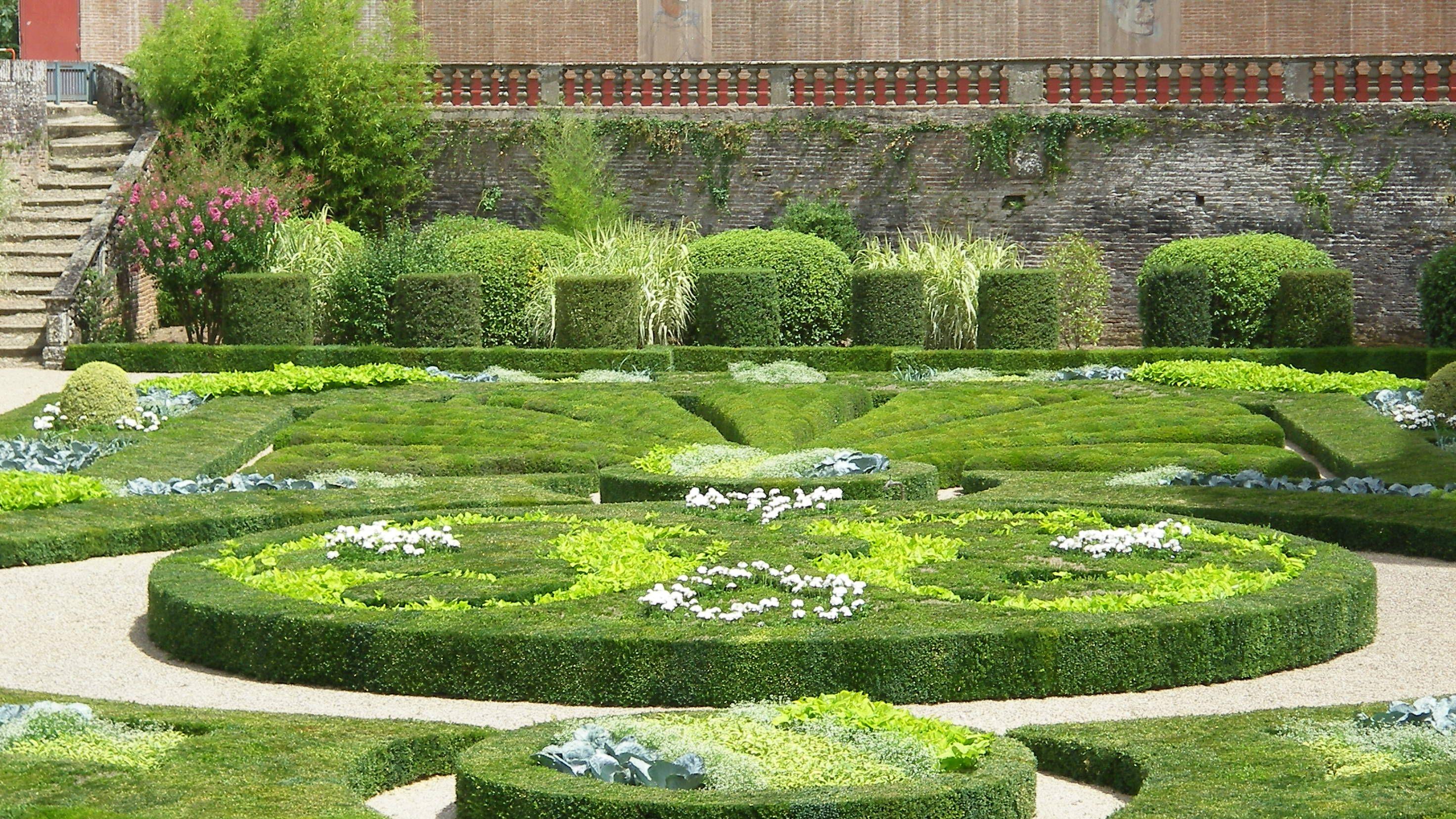 Albi jardins du palais de la berbie class s jardins for Jardin 4 saisons albi