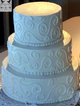 Pin By Hummingbird Hall Jamaica On Cakes At Jamaica Destination Wedding Venue Hummingbird Hall Wedding Cake Details Destination Wedding Jamaica Traditional Wedding Cake