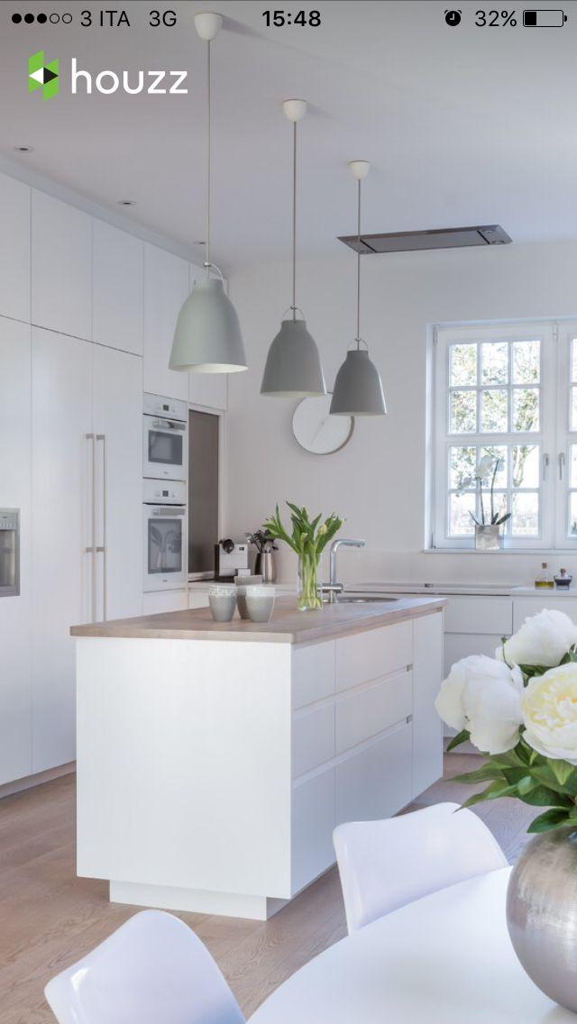 Cucina con isola   Kombuis   Cucine, Cucine bianche moderne, Lampade ...