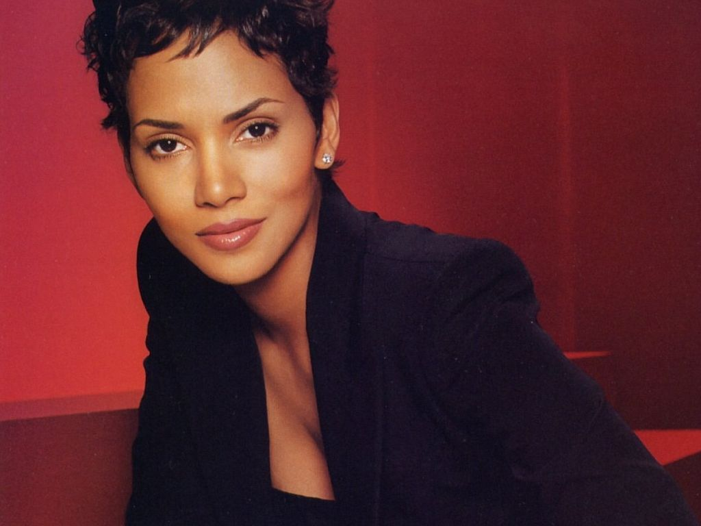 image of heidi marie berry | ... Halle Berry Wallpapers ...