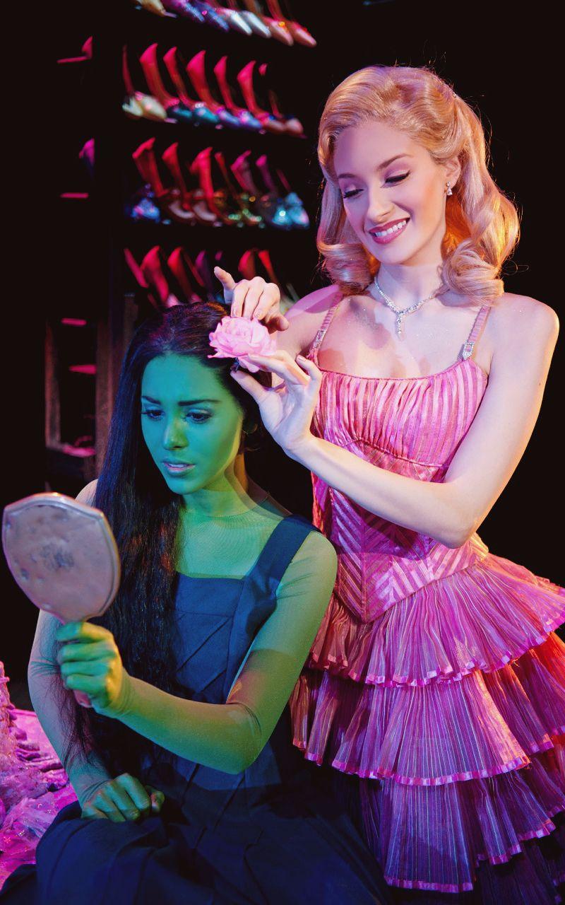 Danna Paola As Elphaba Cecilia De La Cueva As Galinda Wicked The Musical