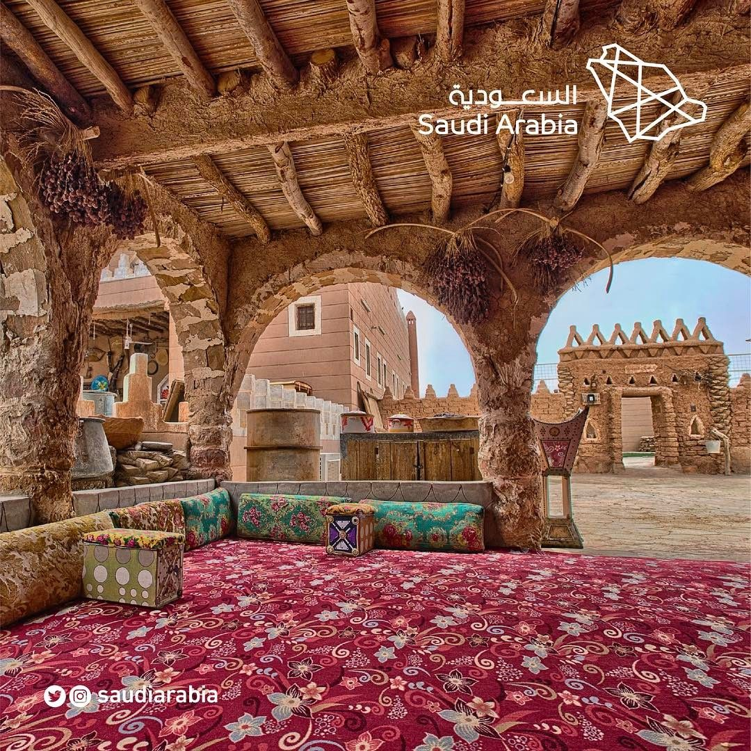 Traditional Architecture In Saudiarabia Includes The Most Varied Of Styles In The Arabian Peninsula Saudi Arabia Pueblo House Architecture