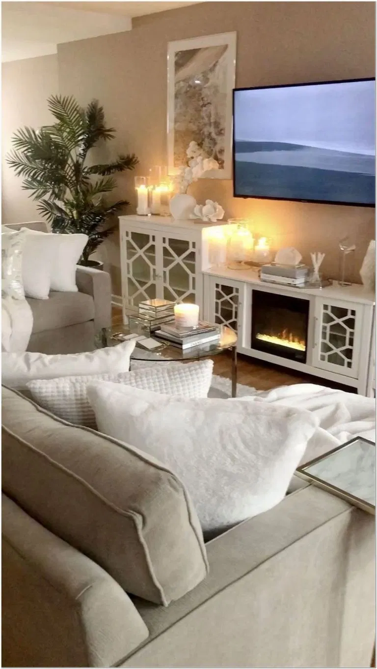 70 Small Apartment Living Rooms With The Best Space Saving Ideas 9 In 2020 Living Room Decor Apartment Farm House Living Room Cottage Living Rooms #space #saving #ideas #for #living #room