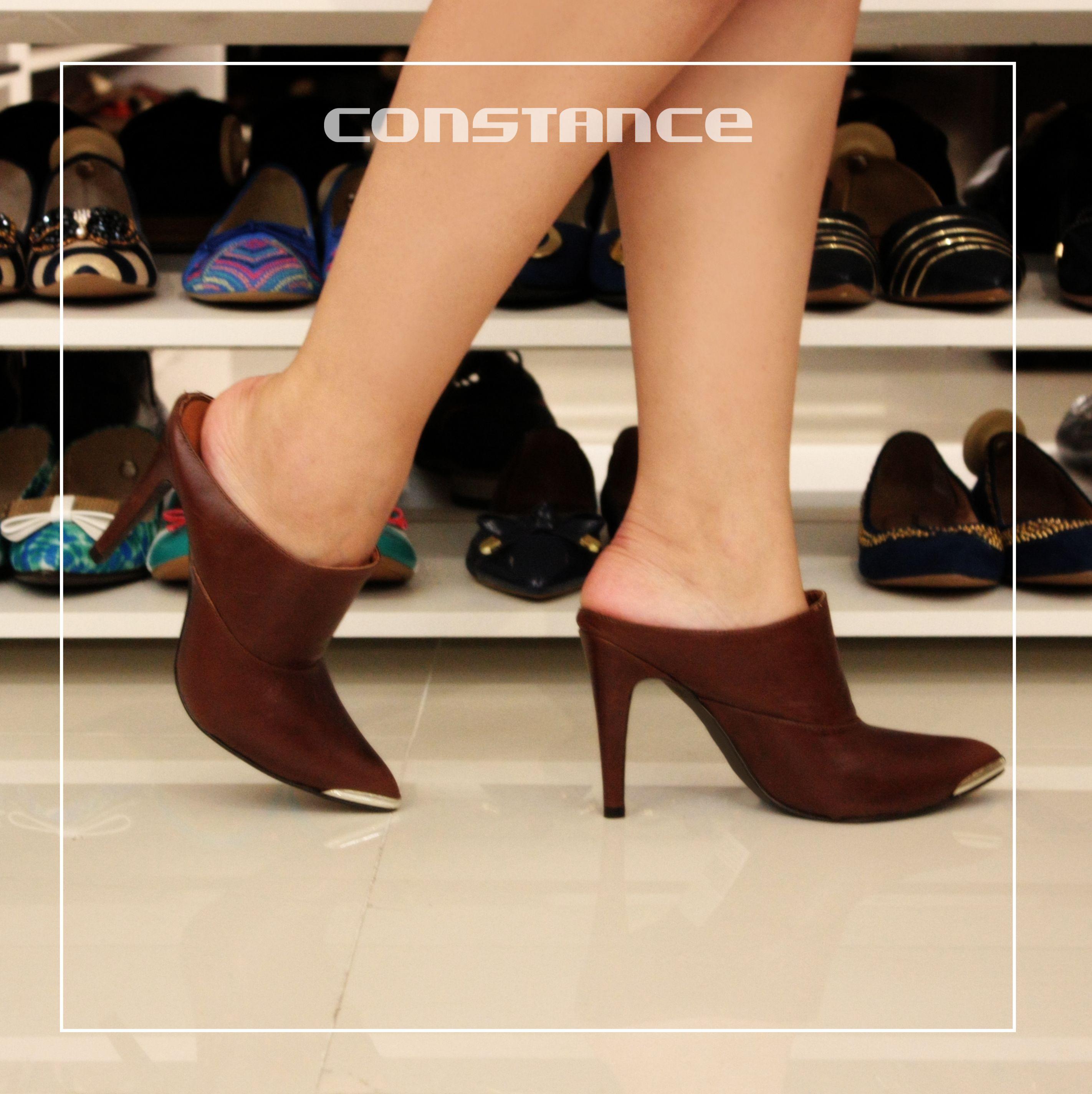 aae6ae7af0 Pin de Constance Calçados em Constance Calçados