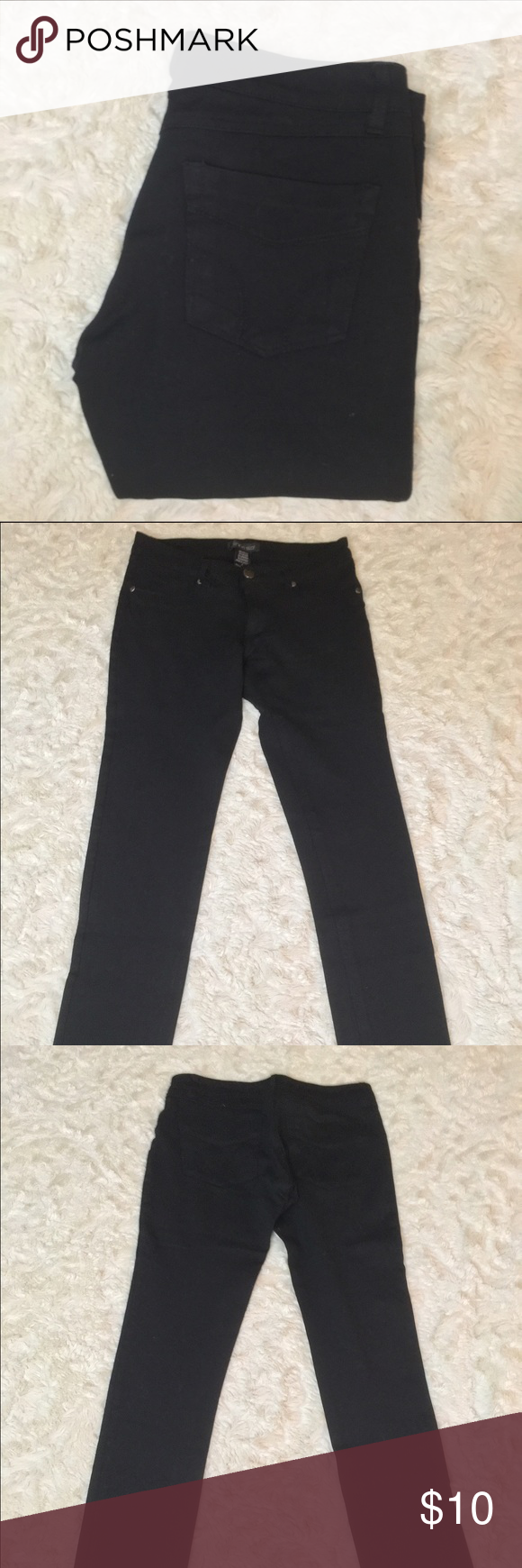 04f3569c8e6 Shine Star Black Jeggings Small Shine Star black jegging's size small, rise  6.5
