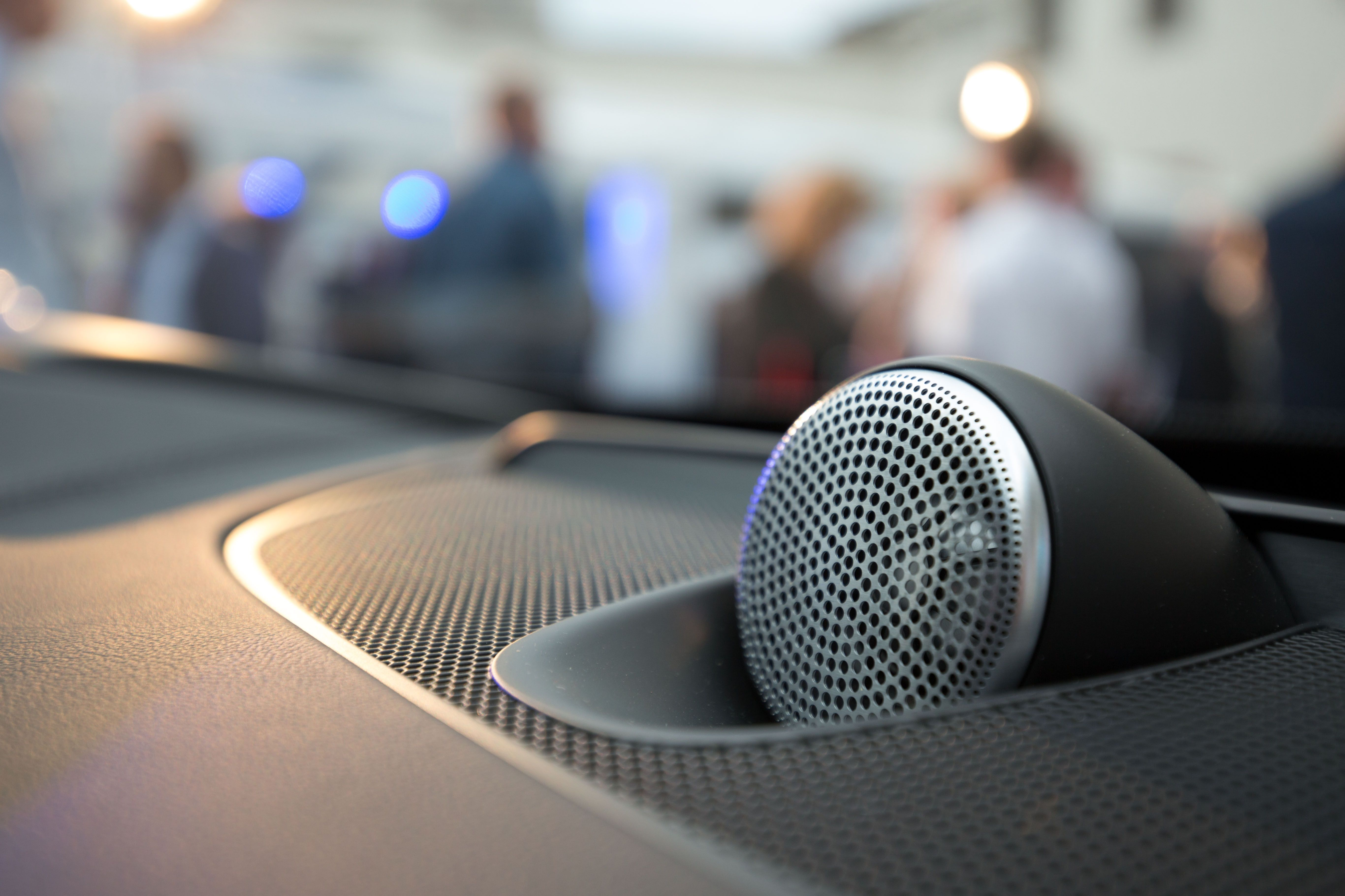 Volvo XC90 speakers