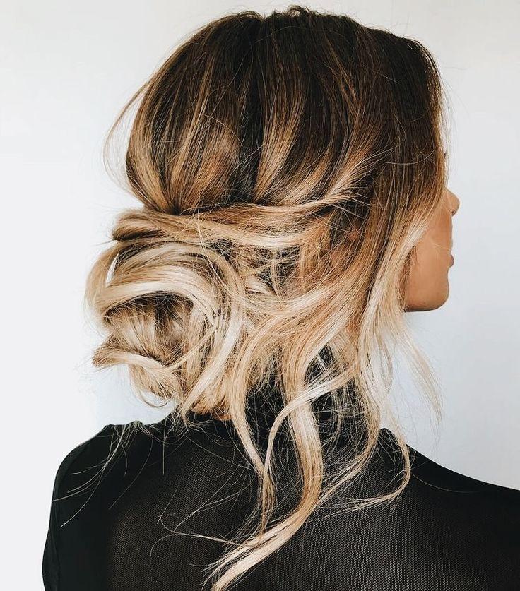 pingl par guillemette sur cheveux pinterest coiffure cheveux et chignon. Black Bedroom Furniture Sets. Home Design Ideas