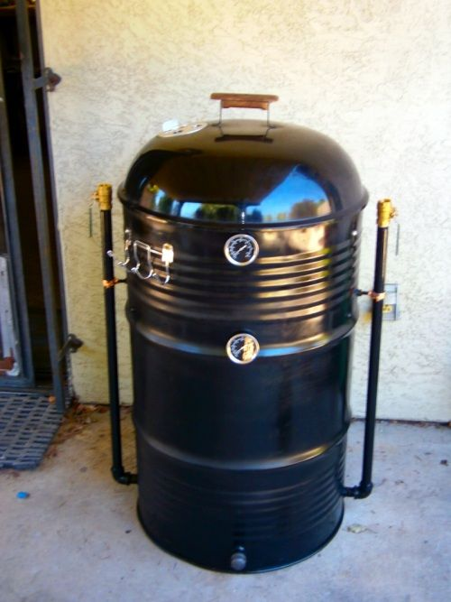 my first diy uds ugly drum smoker i made her from a 55 gallon food grade drum and a donated 22. Black Bedroom Furniture Sets. Home Design Ideas