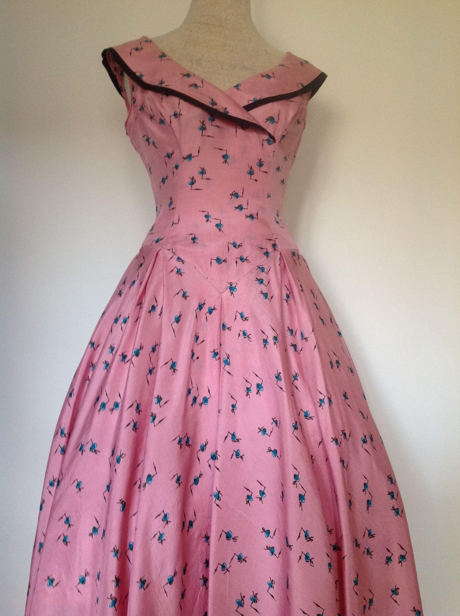 Vistoso 1950 Vestidos De Fiesta De La Vendimia Adorno - Colección de ...